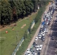 ترافیک نیمهسنگین در محورهای هراز و کندوان/ هراز و کندوان یکطرفه میشود
