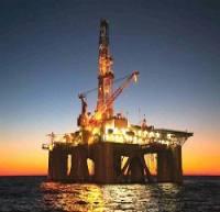 افت ۳۷۰ میلیارد دلاری سرمایهگذاریهای نفتی به دلیل افت قیمت