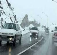 بارش برف و باران و ترافیک نیمهسنگین در اکثر جادههای کشور/ محور توسکستان مسدود شد