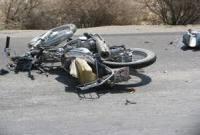 موتور سیکلت سواری که در تاریکی به کامیون پارک شده زد+تکمیلی