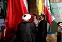 به اهتزاز در آمدن پرچم پیامبر(ص) در دهکده جهانی مقاومت مازندران