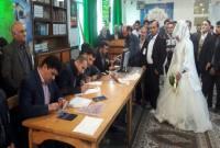 حضور عروس و داماد ساروی پای صندوق رأی/عکس