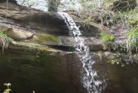 آبشار انجیلامن سنه کوه محلی برای حضور مسافران