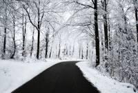 بازگشایی جاده بالادست تا پایان بارش برف جایز نیست