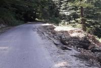 بررسی وضعیت ترمیم پل و جادههای تخریب شده