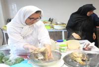کلاس آموزش آشنایی با انواع روش طبخ آبزیان در میاندورود