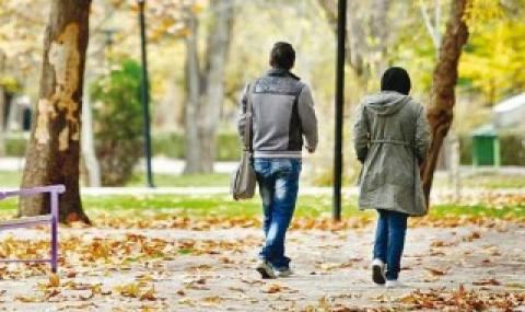 دوستیهای خیابانی و حباب ازدواج/ دختران و پسران در روابط قبل از ازدواج چه میجویند؟