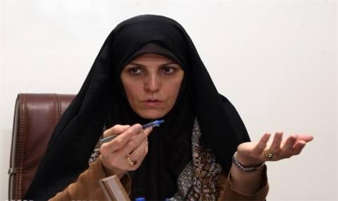 وقتی ملاک همه چیز برای خانم رئیس در «زن بودن» خلاصه میشود +تصاویر
