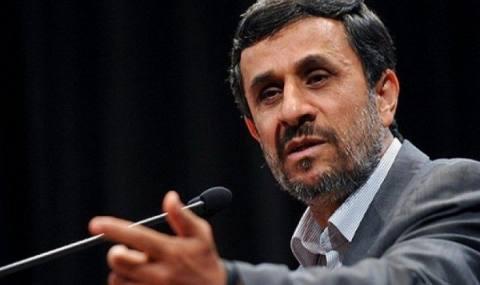 احمدی نژاد در مسیر سوم سیاست ورزی زندگیاش/ تکراری و بی اثرتر از همیشه