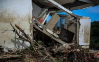 مردم آسیب دیده از سیل نگران جبران خسارت/5 پیشنهاد براى تأمین منابع مالى خسارتهای سیل اخیر